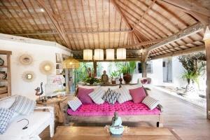 Umalas, 5 Bedrooms Bedrooms, ,5 BathroomsBathrooms,Villa for rent,For Rent,1252