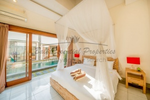 Seminyak, 3 Bedrooms Bedrooms, ,3 BathroomsBathrooms,Villa for rent,For Rent,1256