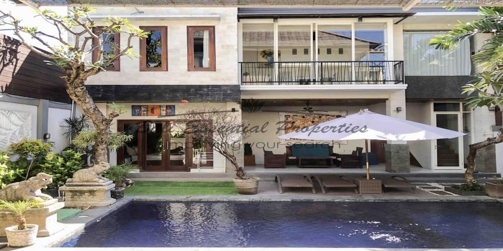 Seminyak, 4 Bedrooms Bedrooms, ,4 BathroomsBathrooms,Villa for rent,For Rent,1284