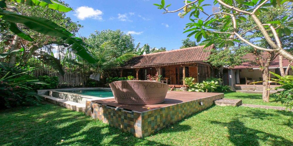 Pererenan, 6 Bedrooms Bedrooms, ,6 BathroomsBathrooms,Villa for rent,For Rent,1298