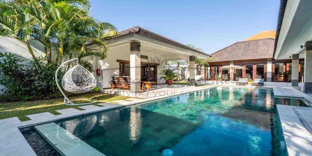 Berawa, 4 Bedrooms Bedrooms, ,4 BathroomsBathrooms,Villa for rent,For Rent,1333