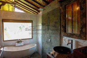 Ubud, 8 Bedrooms Bedrooms, ,8 BathroomsBathrooms,Villa for sale,For Sale,1373