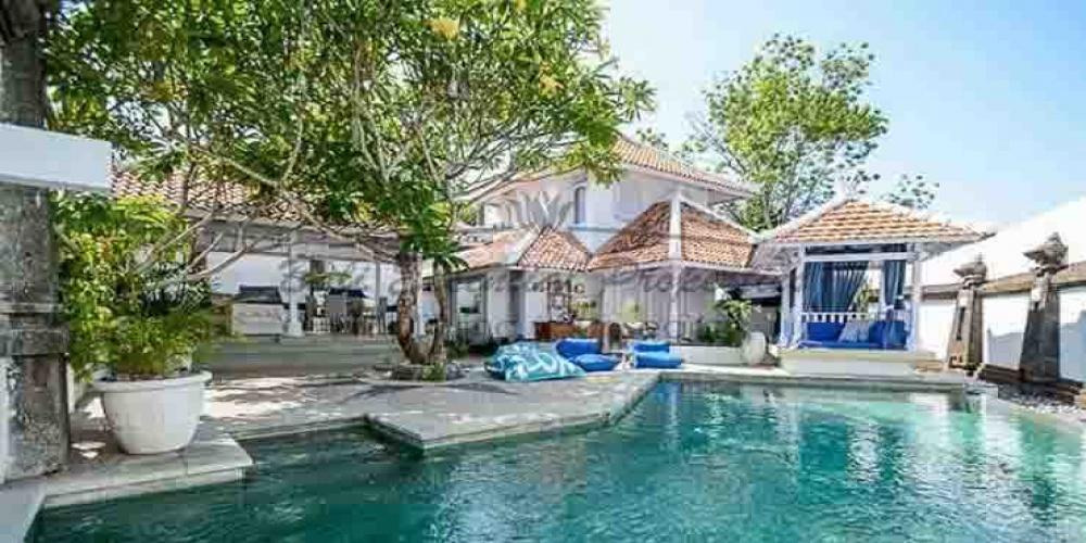 Kerobokan, 2 Bedrooms Bedrooms, ,2 BathroomsBathrooms,Villa for rent,For Rent,1374