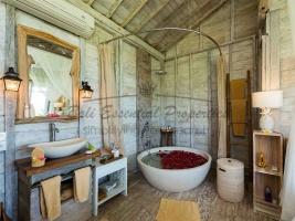 Pererenan, 6 Bedrooms Bedrooms, ,6 BathroomsBathrooms,Villa for sale,For Sale,1385