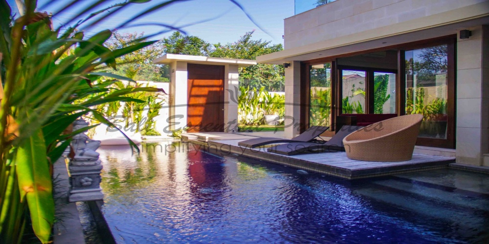 Canggu, 3 Bedrooms Bedrooms, ,3 BathroomsBathrooms,Villa for rent,For Rent,1394